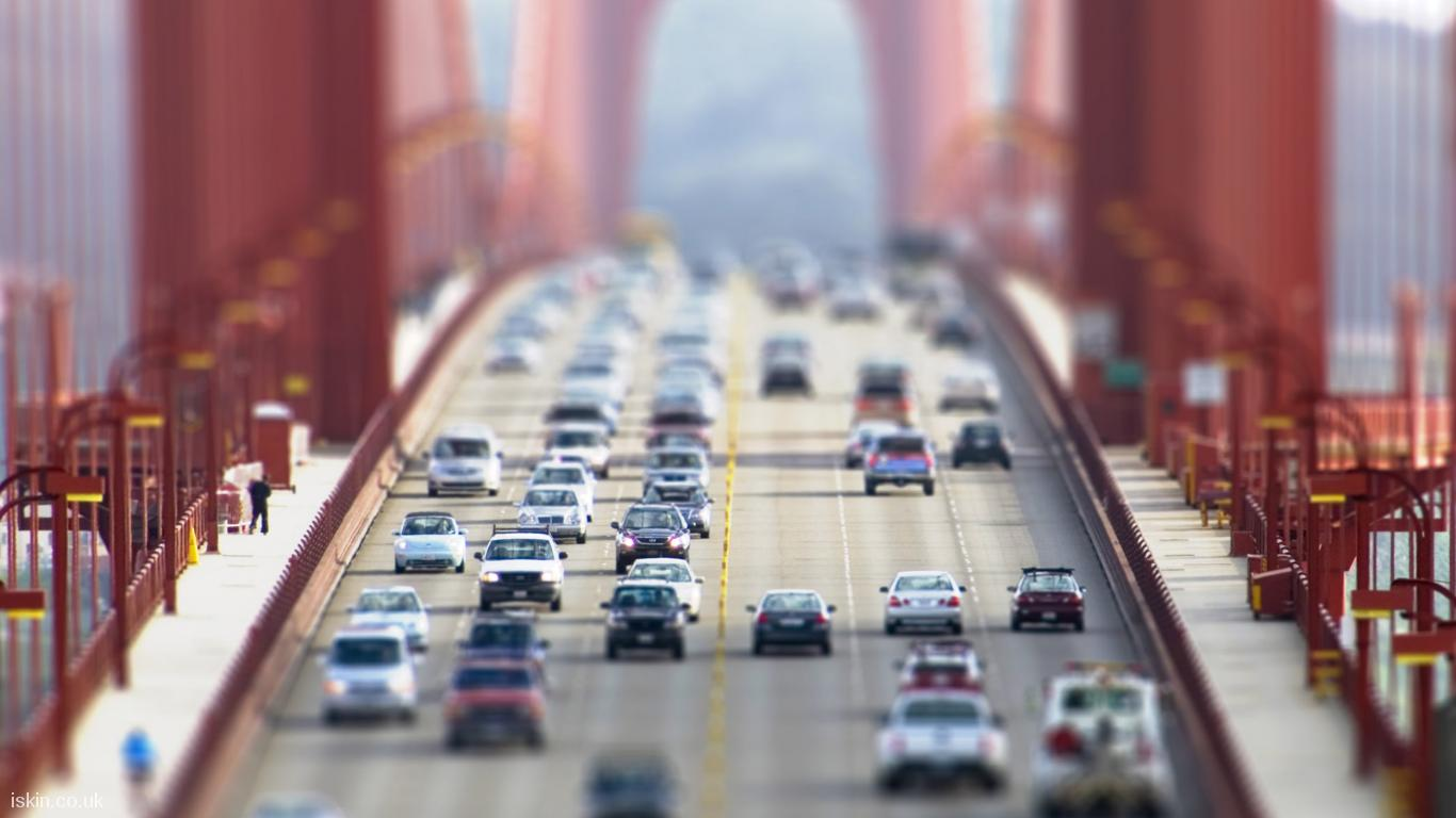 desktop image Cars Crossing the Goldengate