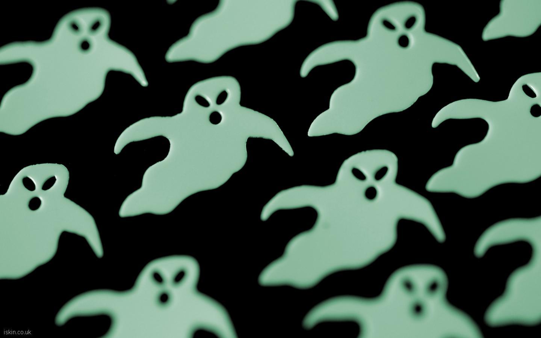 Popular Wallpaper Halloween Ghost - ghosts_green_glow  Graphic_68148.jpg