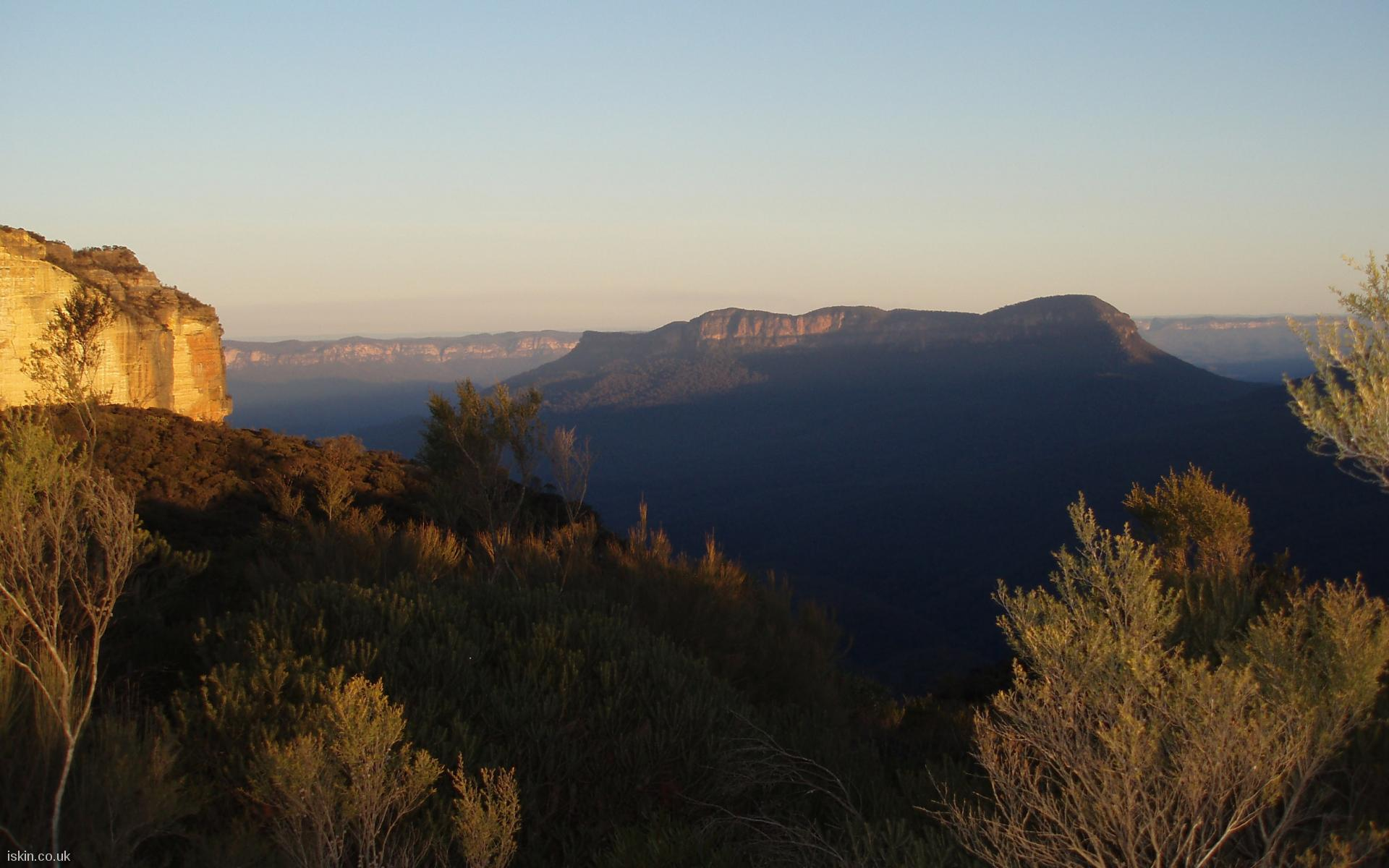 desktop image Blue Mountains Sunset