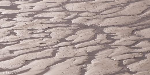 twitter header wet sand patterns