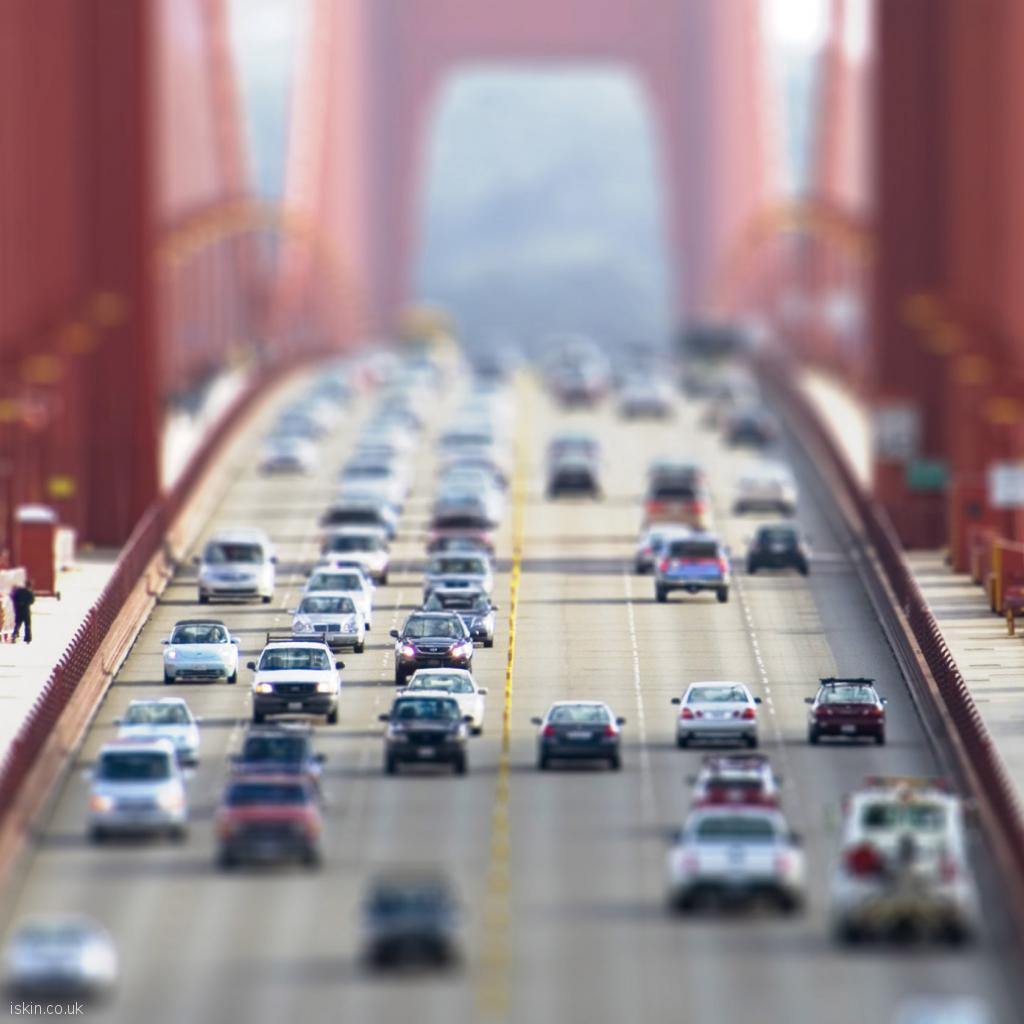 ipad wallpaper Cars Crossing the Goldengate