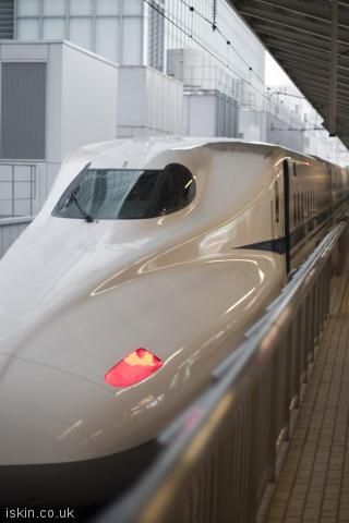 iphone portrait wallpaper bullet train