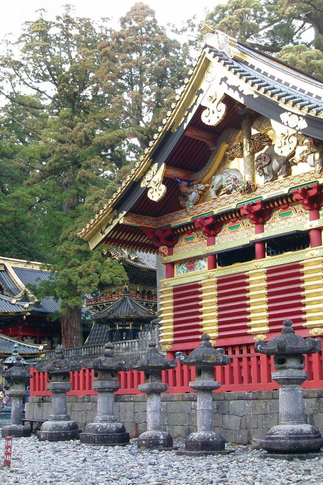 iphone 4 portrait wallpaper Nikko Golden Temple