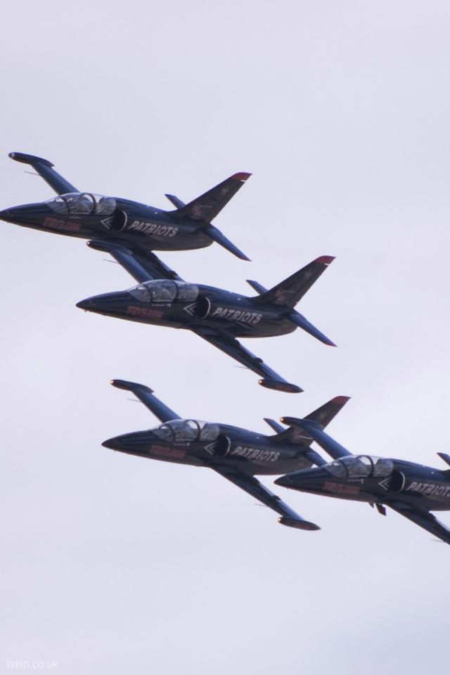 iphone 4 portrait wallpaper partriots jet formation