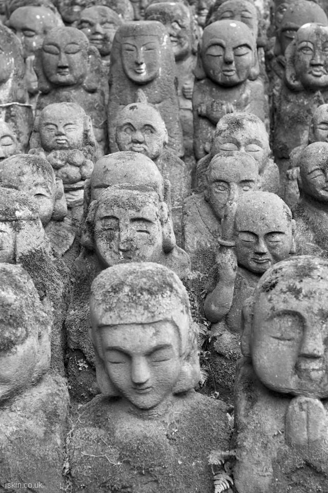 iphone 4 portrait wallpaper stone statues