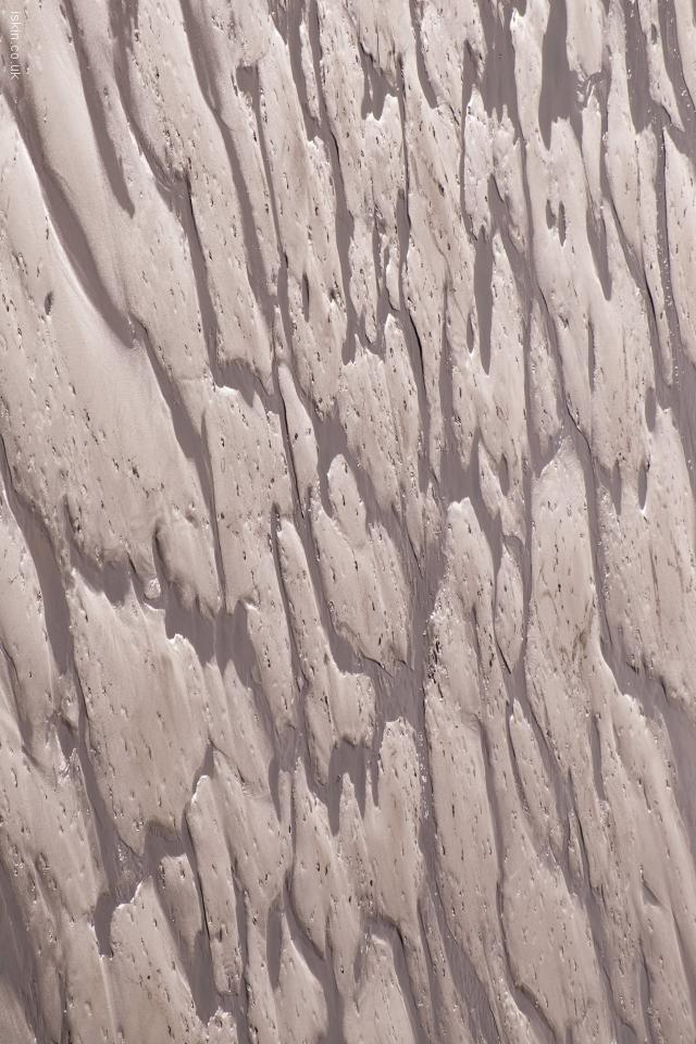 iphone 4 landscape wallpaper wet sand patterns
